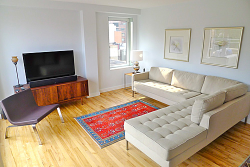 SoHo apartment - Living Room - Reclaimed Maple floor