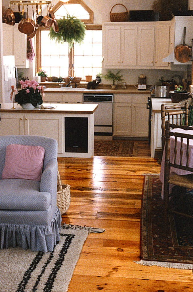 reclaimed white pine distressed pots n plant - Distressed Pine Flooring